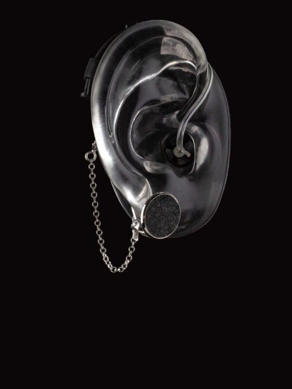 Clip on earring for hearing aids or cochlear implants from Deafmetal